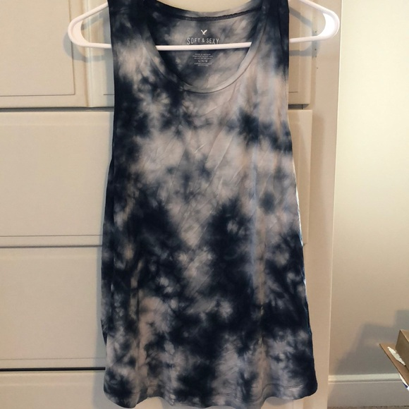 8a4577e467d2 American Eagle Outfitters Tops - Black Tie Dye Tank Top
